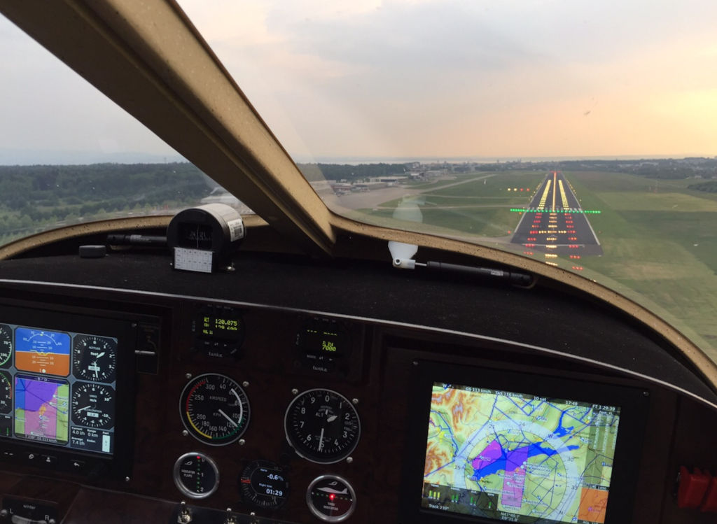 D-MBDN, RWY 24 cleared to land!